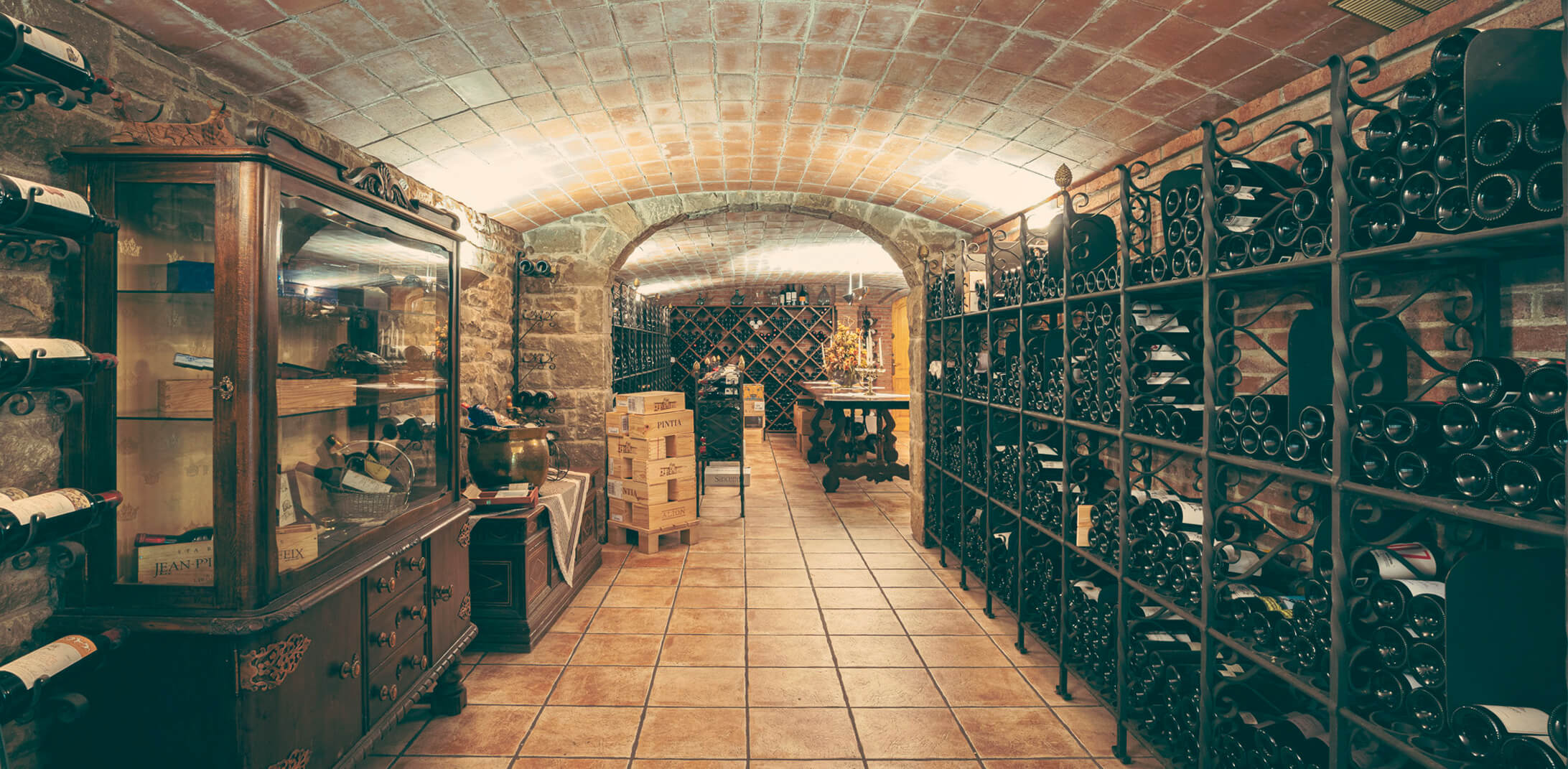 The wine cellar Pairings that <br>awaken the senses